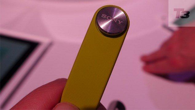 Браслет Sony SmartBand - первые фото аксессуара