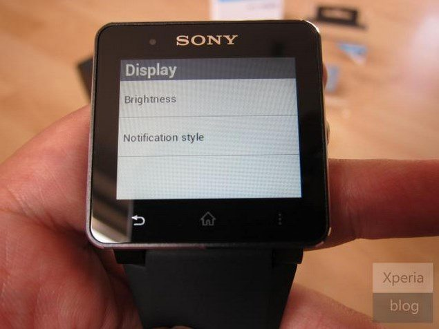 Долгожданный обзор Sony SmartWatch 2 – распаковка и первые впечатленияя умных часов