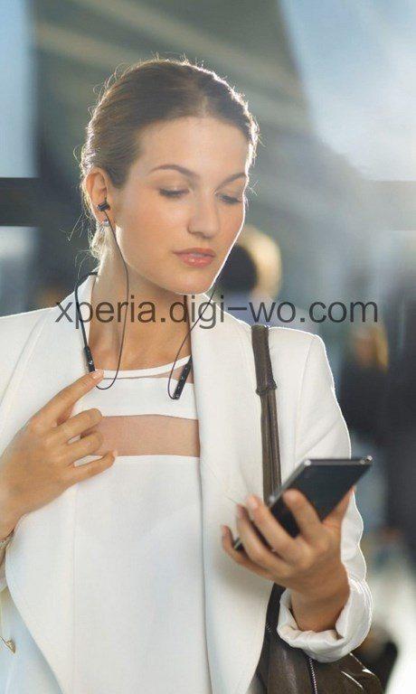 Первое фото Bluetooth-гарнитуры Sony SBH80 и форм-фактор устройства