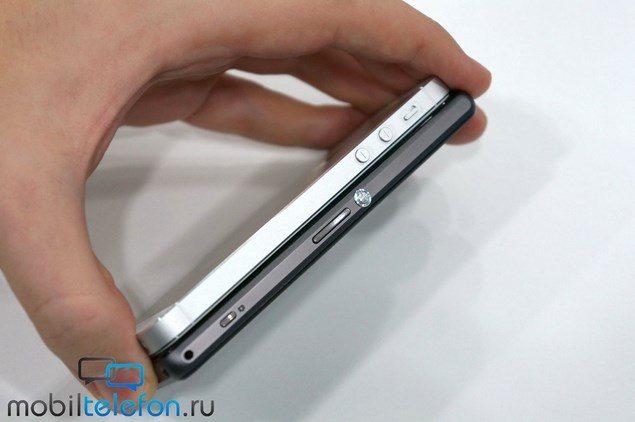 Сравнение дизайна Sony Xperia Z1 Compact и iPhone 5S