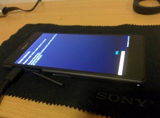 Утечка фотографий нового смартфона Sony Xperia D6503