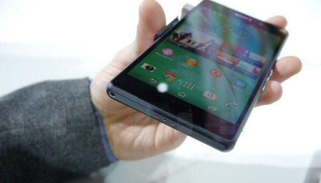 Новый смартфон Sony Xperia Z2 - первые реальные фотографии смартфона в руках