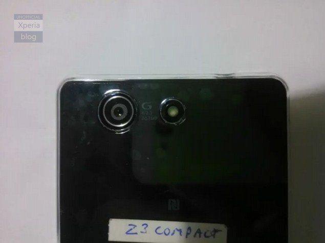 Sony-Xperia-Z3-Compact-utechka-foto-6