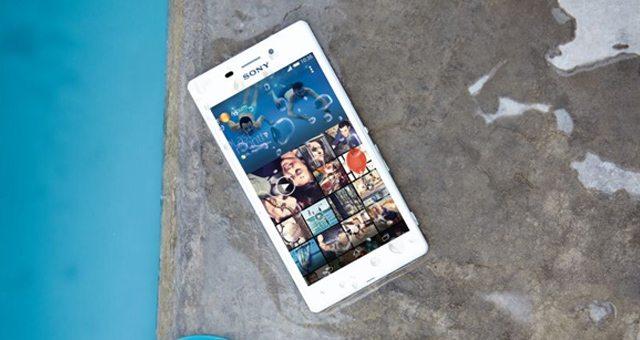 Представили одонепроницаемый смартфон Sony Xperia M2 Aqua