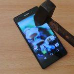 Краш тест Sony Xperia Z2 – падения и молоток