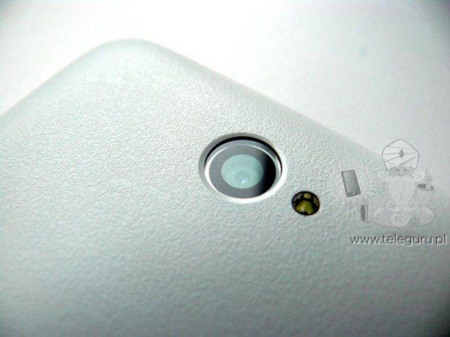 Первые фотографии прототипа Sony Xperia E4 - камера