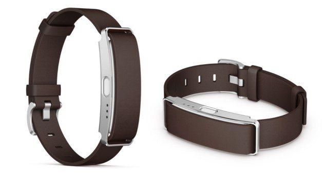 Sony SmartWatch 3 со стальным ремешком купить можно в феврале