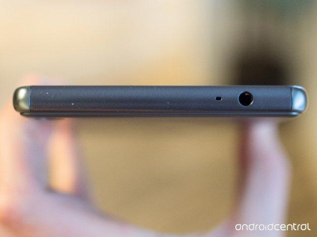 Sony Xperia XA Ultra живые фото